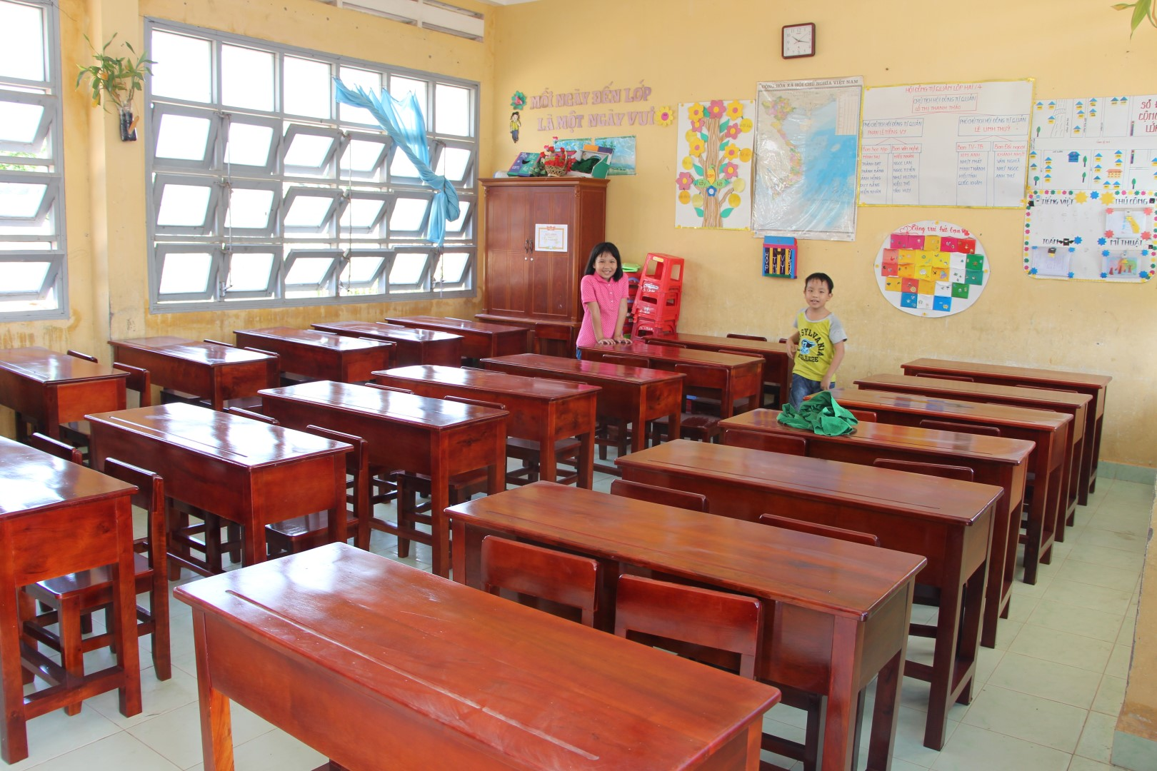 DEK Foundation helps setup school in Vietnam